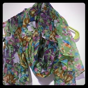 Accessories - Beautiful green floral print scarf